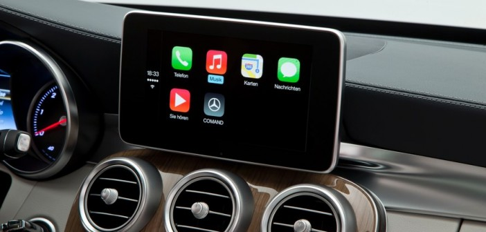 Mercedes-Benz COMAND Apple CarPlay System Apps