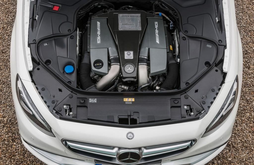 V8 Biturbo Motor im S 63 AMG Coupé