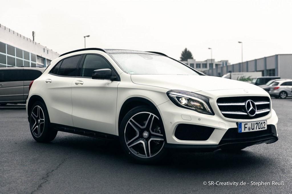 Mercedes-Benz GLA (X156) 2014 Front in weiß