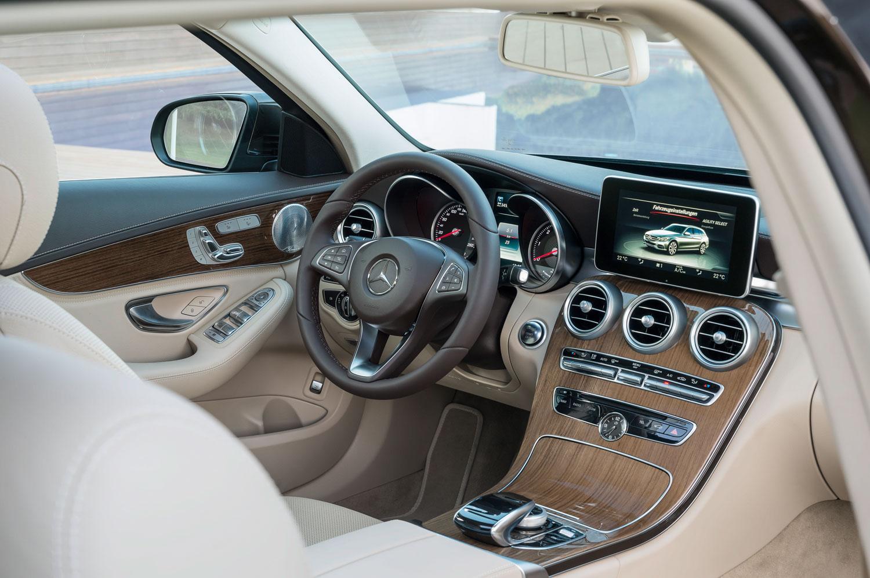 Mercedes benz c klasse t modell 2015 s205 ist da for Interieur mercedes c klasse
