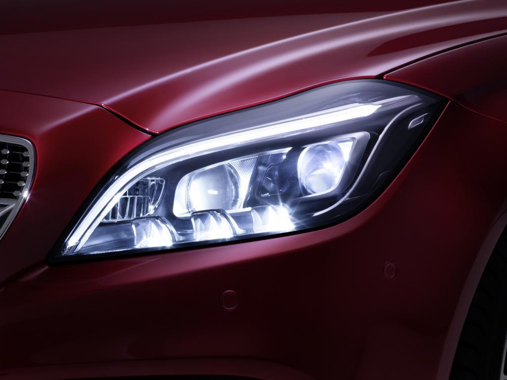 Mercedes-Benz CLS 2015 Facelift Front MULTIBEAM LED Light Linker Scheinwerfer