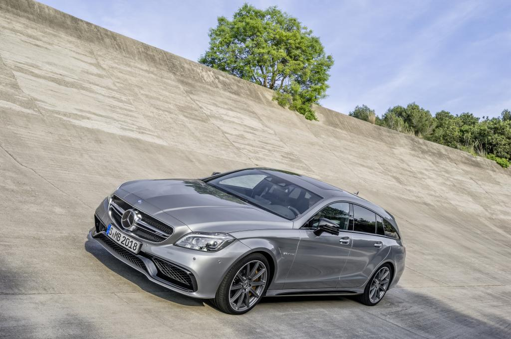 Mercedes-Benz CLS 63 AMG Shooting Brake (X218) 2015 Front