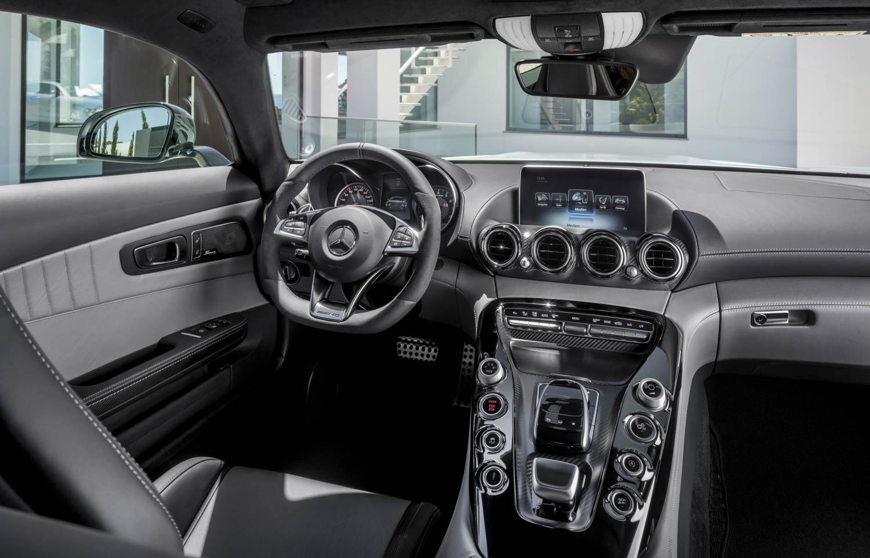 Mercedes benz amg gt c190 alle bilder infos for Artico interieur